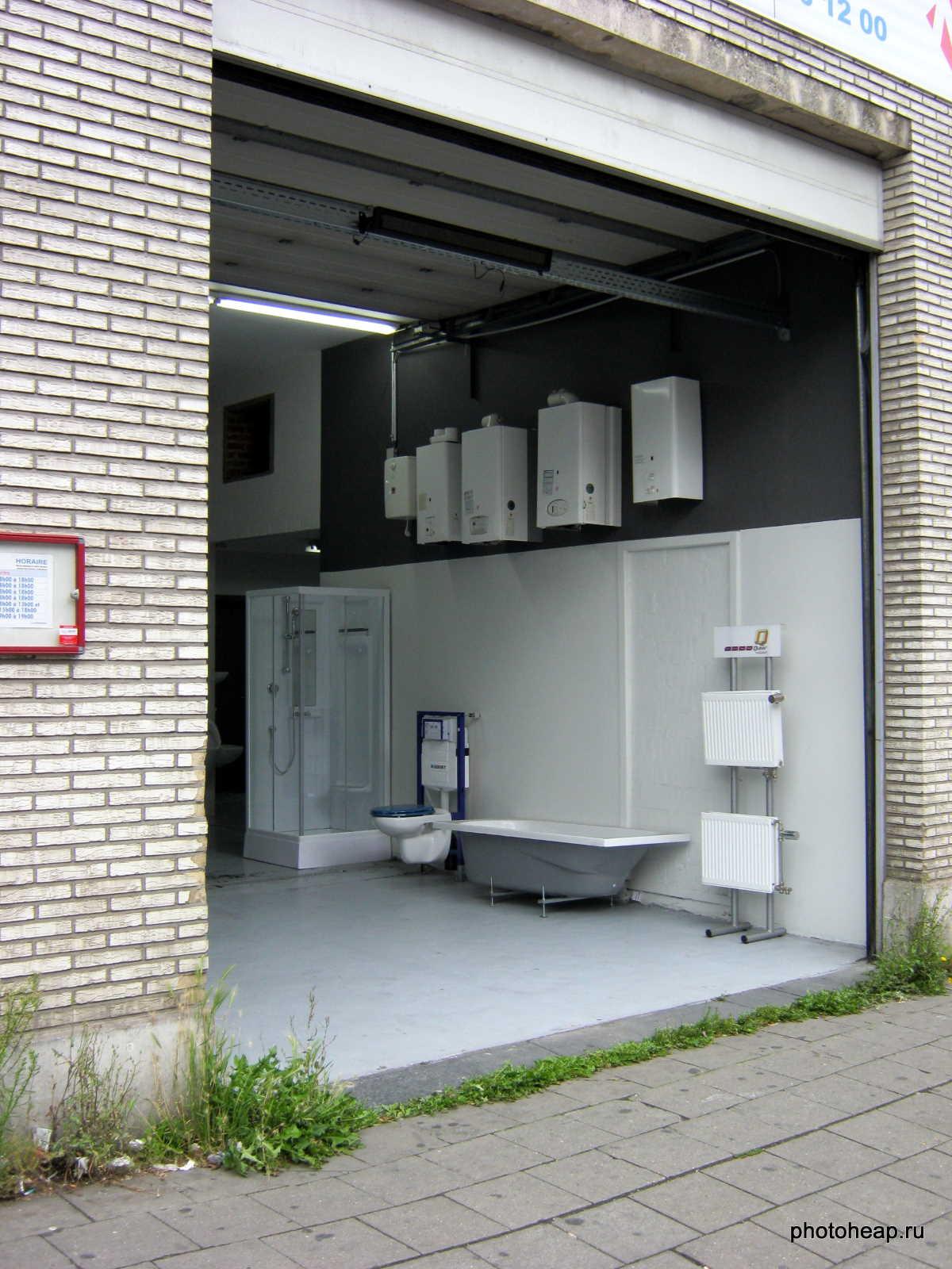 Brussels - garage shop