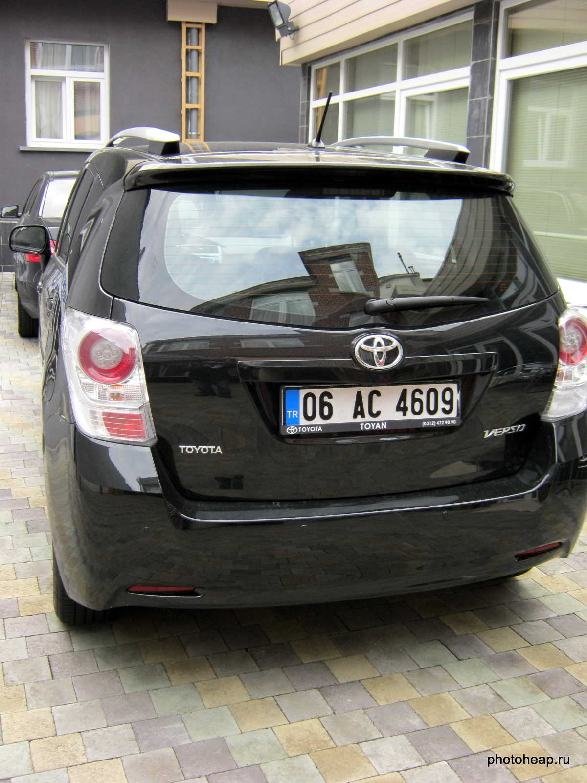 Brussels - Turkish car Toyota Verso