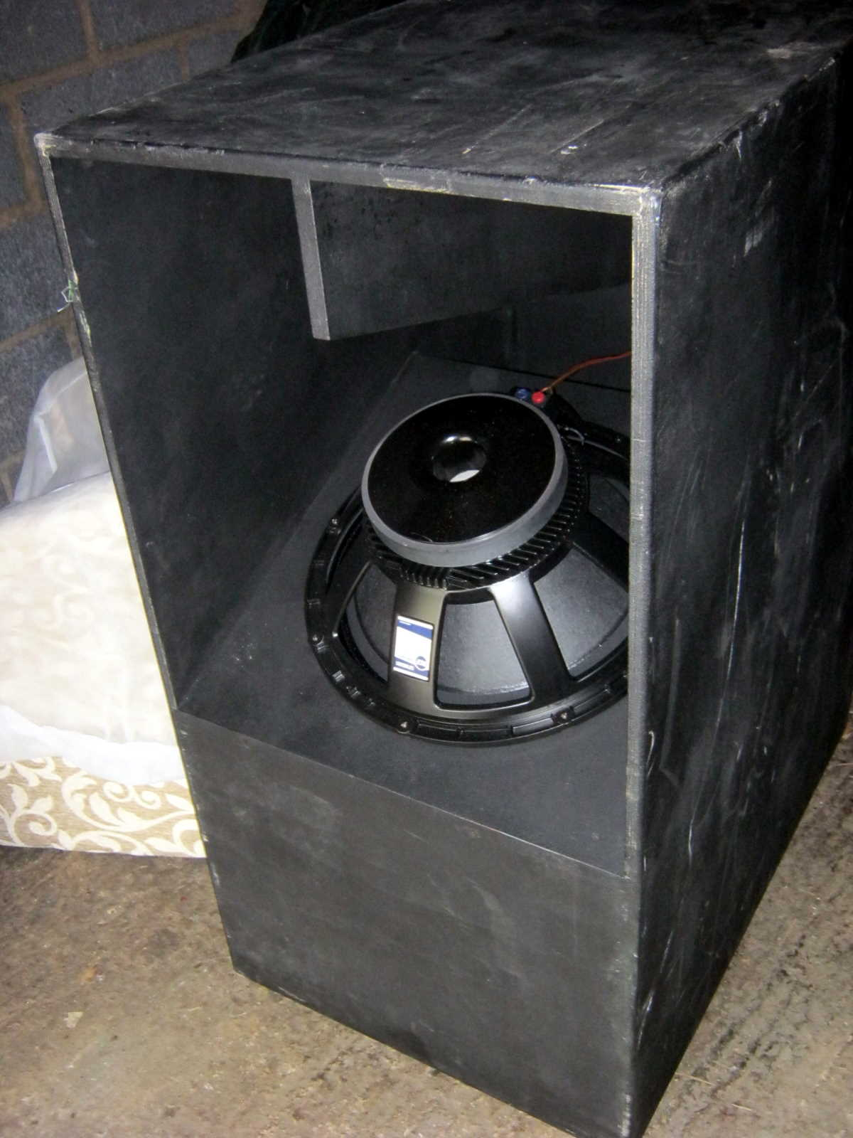 RCF LF18G401 speaker
