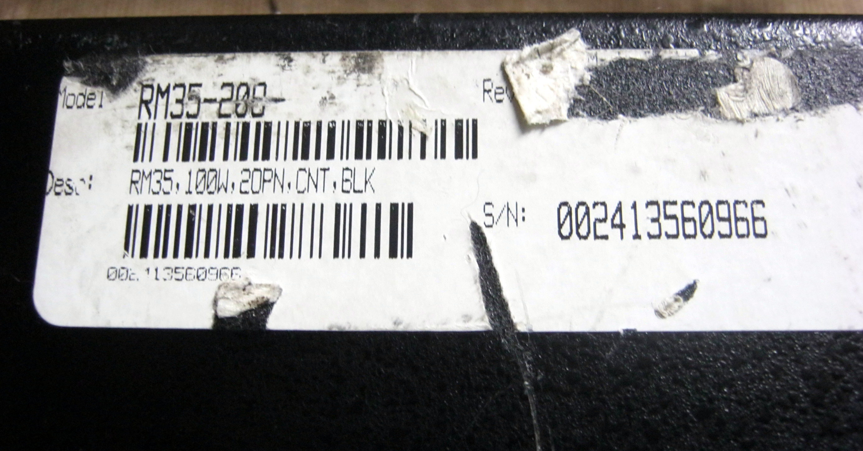 RM35 label and serial number
